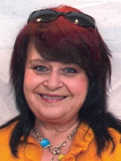 Betsy DUPONT