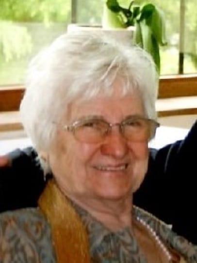 Lucienne DHUYVETTER