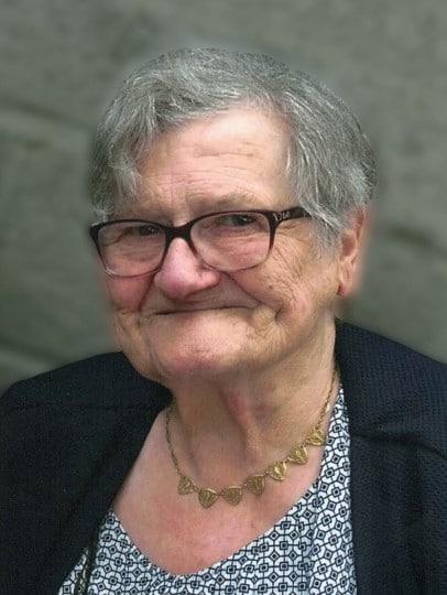 Paulette CAPENOL